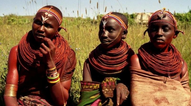 samburu-girls